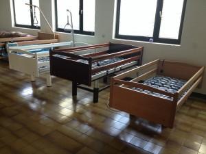 Medicinski krevet drveni